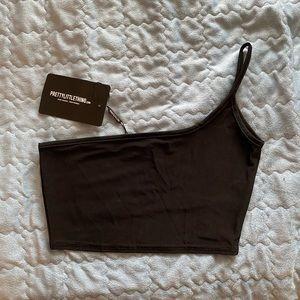 NWT PrettyLittleThing One shoulder crop top